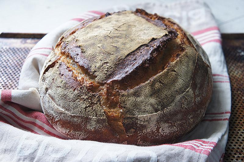 pain-tartine-au-levain-farine-seigle