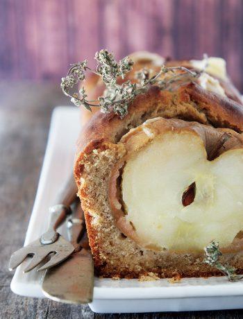 recette de cake épicé aux pommes et au miel