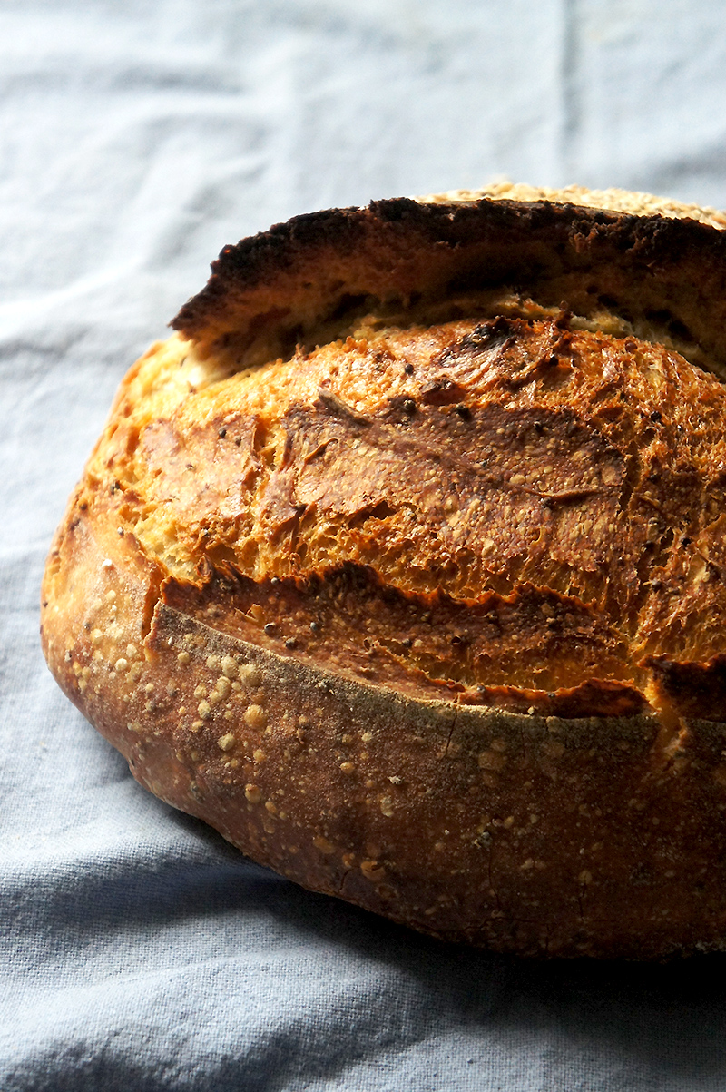 recette du pain au levain et moutarde à l'ancienne
