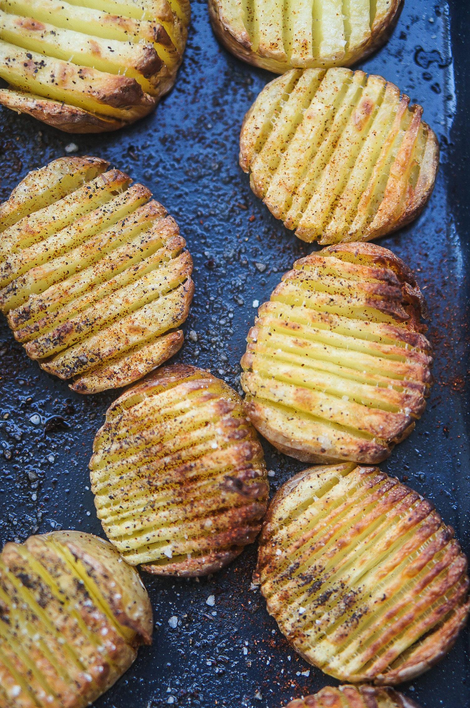 pommes de terre hasselback rôties croustillantes